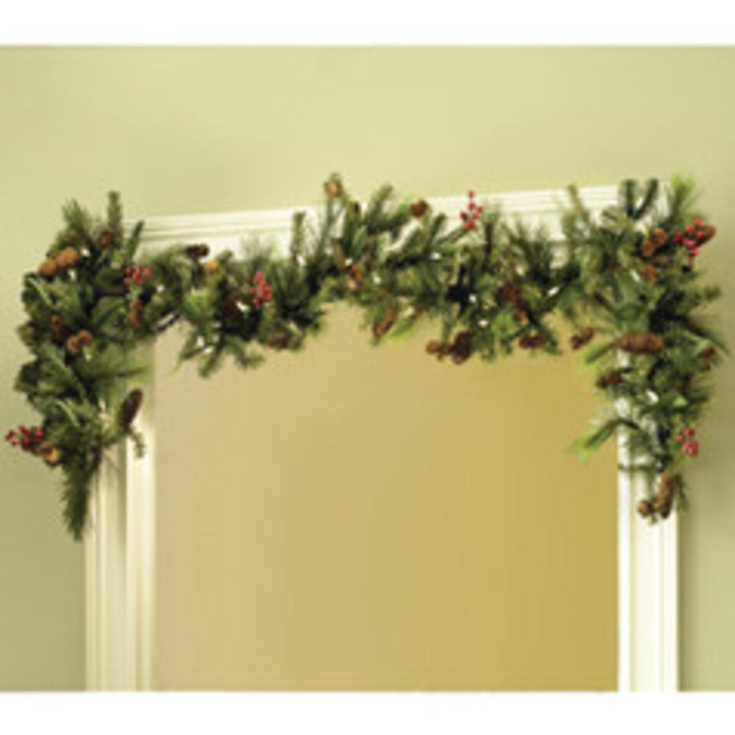 TreeKeeper Adjustable Christmas Garland Hanger for Single Door Frames