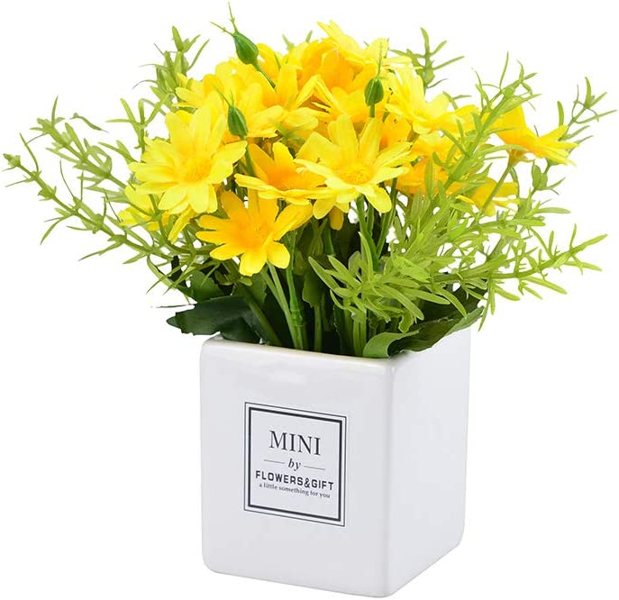 Artificial Flower Daisy, Bouquet Fake Floral Plants Mini Potted Chrysanthemum Vase for Indoor Home Wedding Bedroom Table Office Desk Decor(Yellow 1Pack)