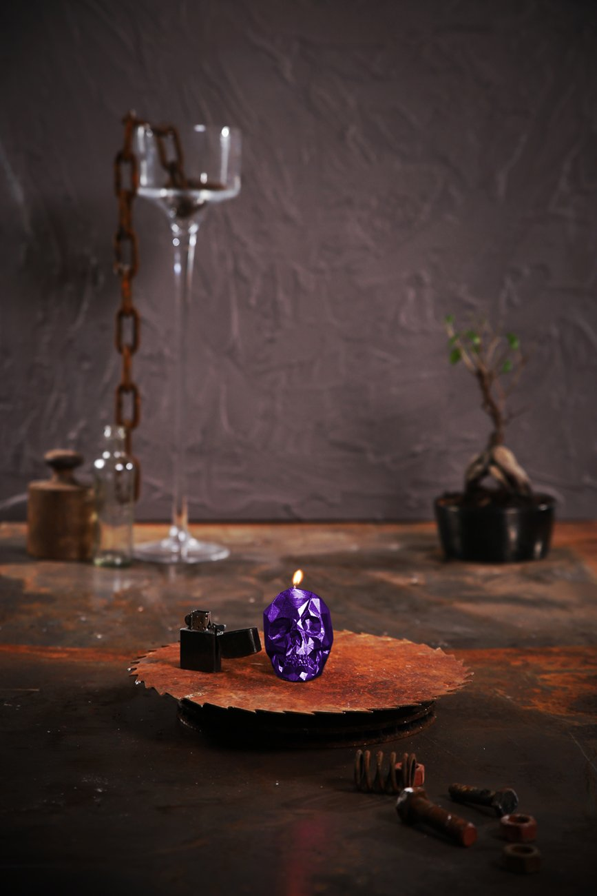 Candellana Candles Small Skull Candellana Candle, Violet Metallic
