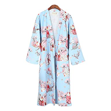 87cf133640 ZooBoo Womens Kimono Nightwear Bathrobe - Winter Sleepwear Air Thickening  Home Clothes Pajamas Robe Japanese Style at Amazon Women s Clothing store
