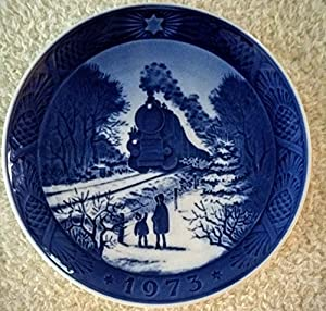 Amazon.com: 1973 Royal Copenhagen Christmas Plate - Train Homeward ...