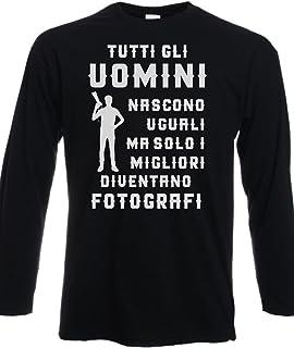 Tshirt Maniche Lunghe Tutti Gli Uomini Nascono Uguali ma Solo i Migliori Diventano fotografii - Tutte Le Taglie by tshirteria t-shirteria