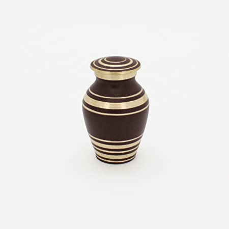 Handcrafted Fits a Small Amount of Cremated Remains Ashes of Adults /& Pets Keepsake Cremation Urn for Human or Pet Ashes By ABI Gift /& D/écor. Funeral Urn is Handmade in Brass