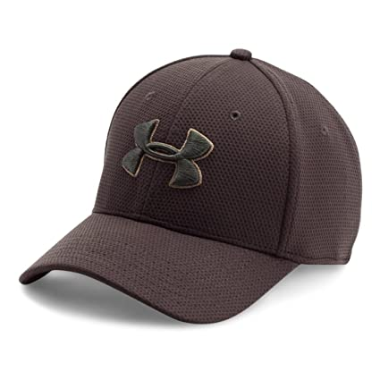 2f05dfab0bd Amazon.com  Under Armour Men s Blitzing II Stretch Fit Cap  UNDER ...