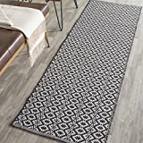 Safavieh Montauk Collection MTK716D Handmade Flatweave Ivory and Black Cotton Runner (2'3'' x 7')