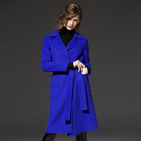 Modelli Invernali Di Cappotto Di Lana Di Abbigliamento da