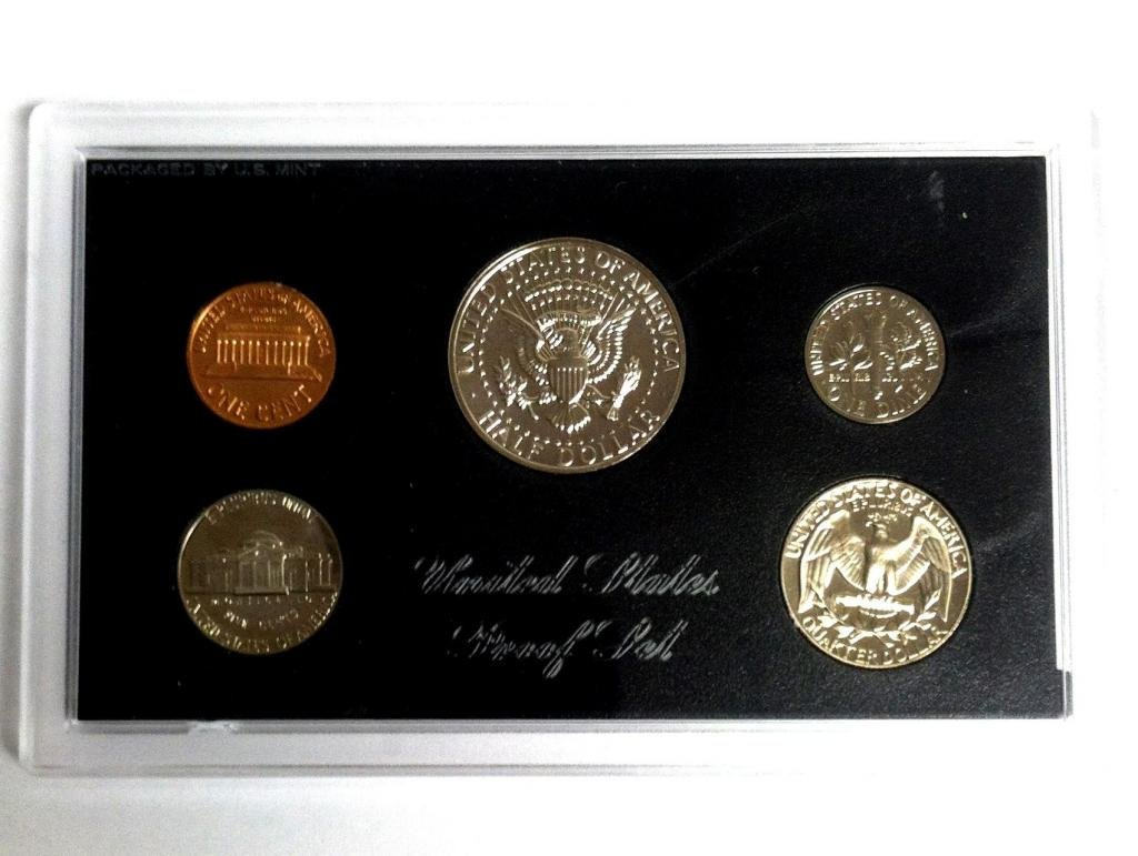 UNOPENED Shipping Box of FIVE 1981 Mint Sets Mint Sealed Box of 5
