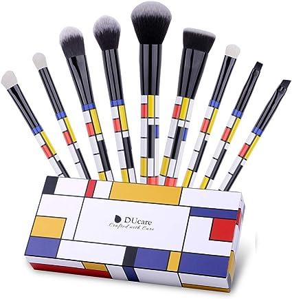DUcare Juego de 9 brochas de maquillaje en caja de regalo profesional esencial para la cara en polvo, sombra de ojos en polvo y crema líquida: Amazon.es: Belleza