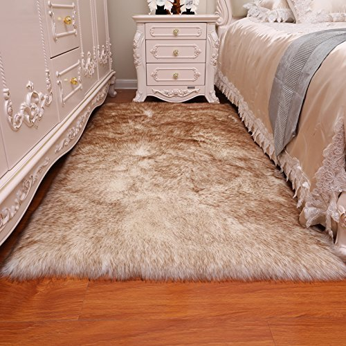 HUAHOO Faux Fur Sheepskin Rug Coffee White Kids Carpet Soft Faux Sheepskin Chair Cover Home Décor Accent for a Kid's Room,Childrens Bedroom, Nursery, Living Room or Bath. 3' x 5' by HUAHOO