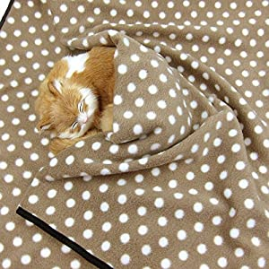Alfie Pet – Quarry Fleece Blanket for Dogs and Cats – Color: Brown Dot, Size: Medium Click on image for further info.