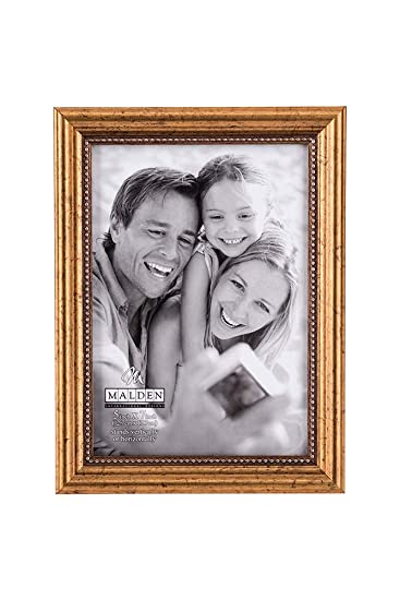 Amazoncom Malden International Designs Classic Wood Picture Frame