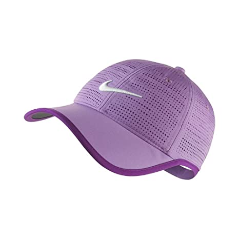 5e5c7d27021 2015 Ladies Nike Performance Perforated Womens Golf Cap Violet Shock   Amazon.ca  Clothing   Accessories