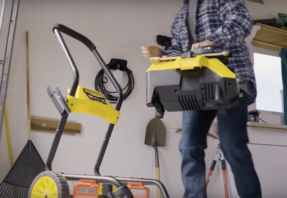 Stanley SLP2050 2050 psi 2-in-1 Electric Pressure Washer Mobile Cart Or Detach Portable Use With Detergent Tank, Yellow, Medium by Stanley (Image #2)