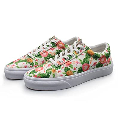 8a01234d4af5b7 SEDTHE DGRG Gold Pineapples Hawaii Flower Women s Canvas Print Shoes Low  Comfortable Casual Sneakers (9.5