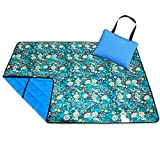 Roebury Picnic Blanket & Beach Blanket - Large Oversized Water-Resistant Sandproof Mat for Outdoor Travel or Camping Folds into a compact Tote Bag [Blue Bell Flowers - Blue Back]