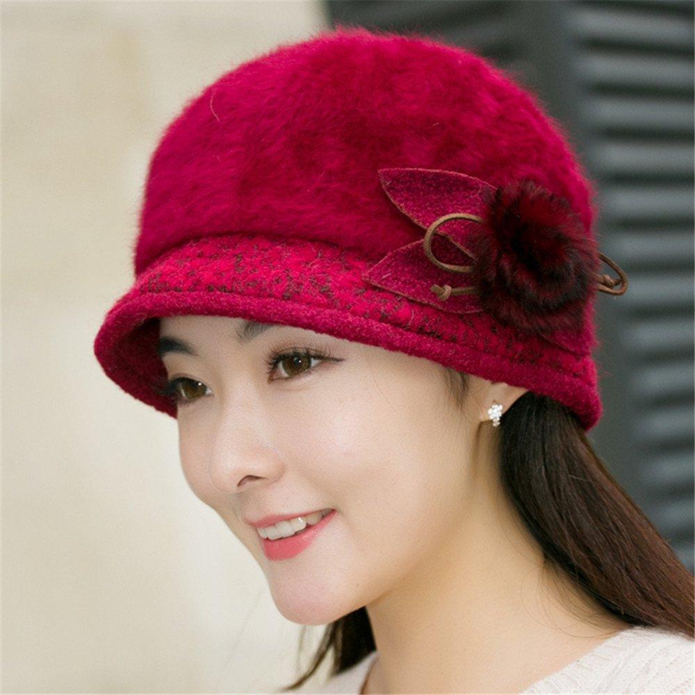 Un sombrero de mujer y tejidos de punto de la cuenca de invierno del capot tapa con doble sombrero d...