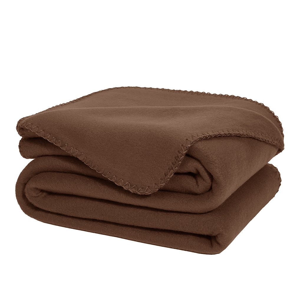 amazoncom super soft fleece throw blanket brown ultra cozy oversized throw light weight blanket sofa couch travel throw 50 x 70 inch home u0026 kitchen