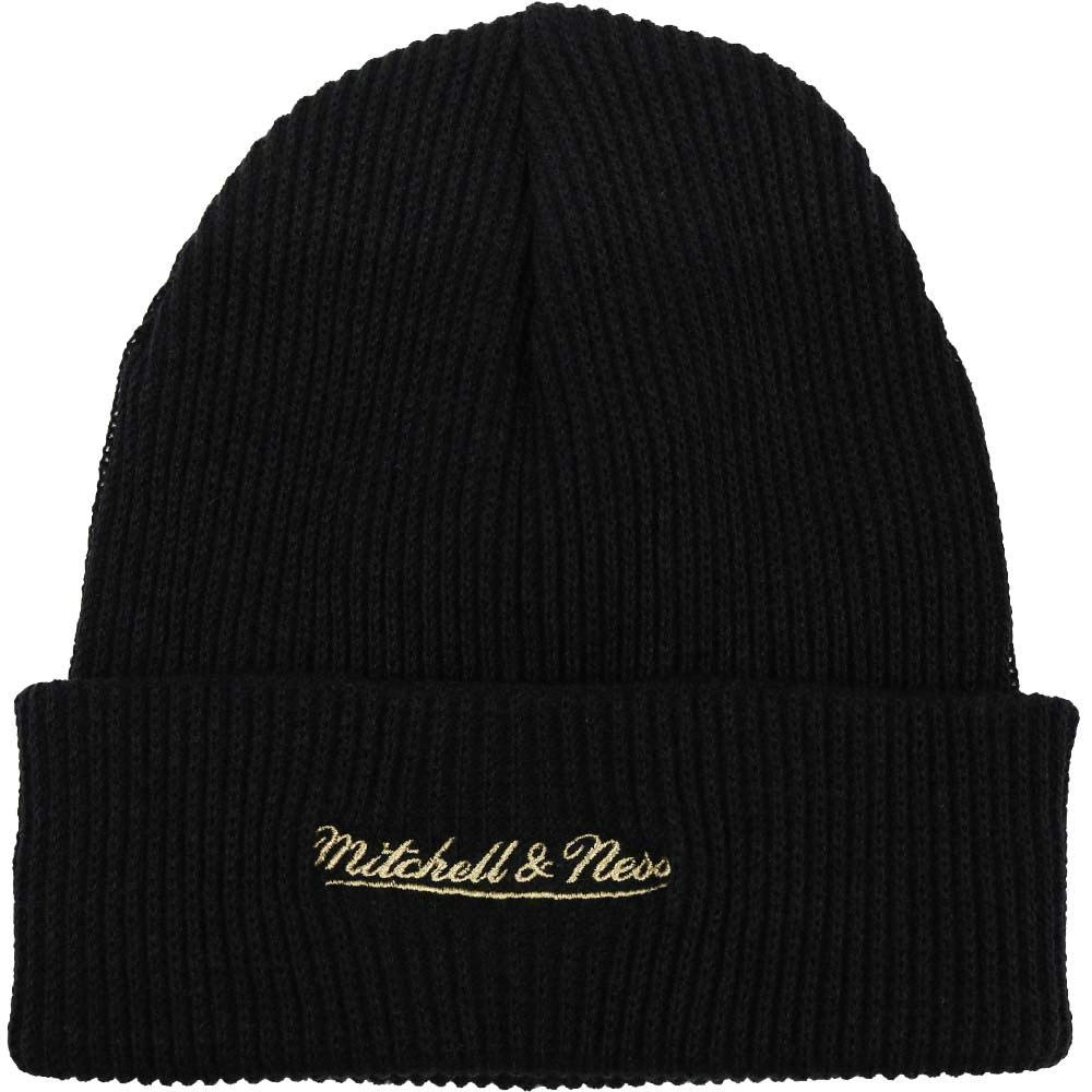 Amazon.com   Mitchell   Ness Men s NBA Chicago Bulls Foil Leather Cuffed  Knit Beanie Black Gold   Clothing 140834d859a