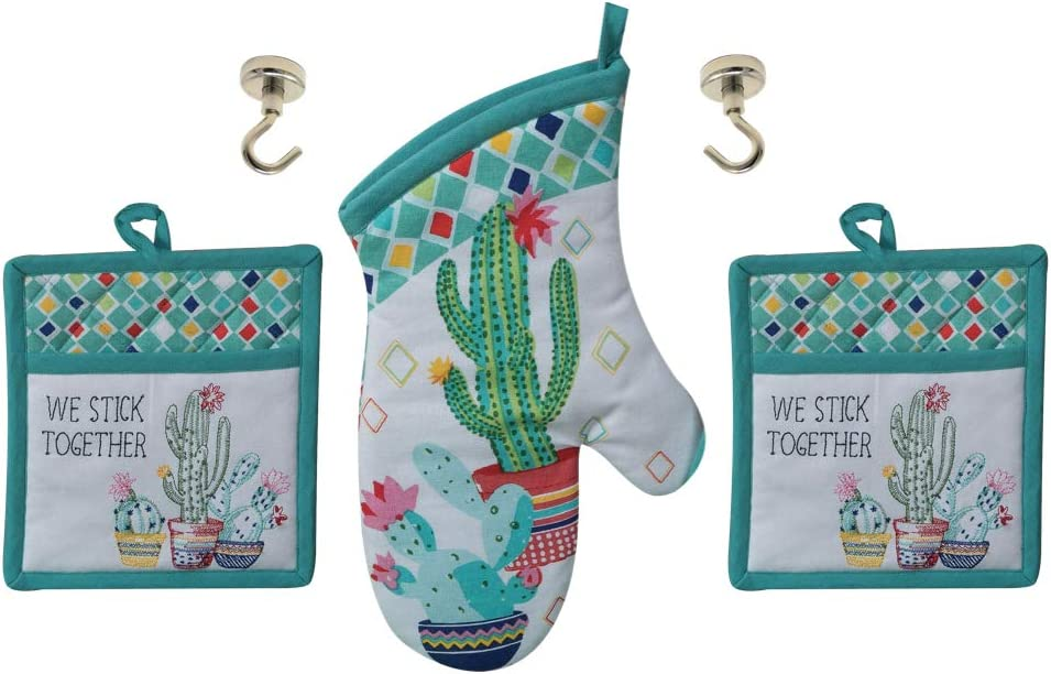 REX AND ROVER Cactus Theme Kitchen Pot Holders, Oven Mitt in Green | Set of 1 Oven Glove, 2 Potholders, 2 Magnetic Hanging Hooks | Total 5 Item Gift Set