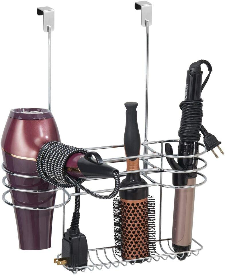 mDesign Soporte para secador de pelo sin taladro – Organizador de baño grande de metal para secador de cabello, plancha para pelo y cepillos – Colgador para puerta, ideal estantería de baño – plateado