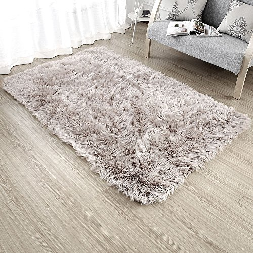 OJIA Deluxe Soft Modern Faux Sheepskin Shaggy Area Rugs Children Play Carpet For Living & Bedroom Sofa (4ft x 6ft, Light Coffee)