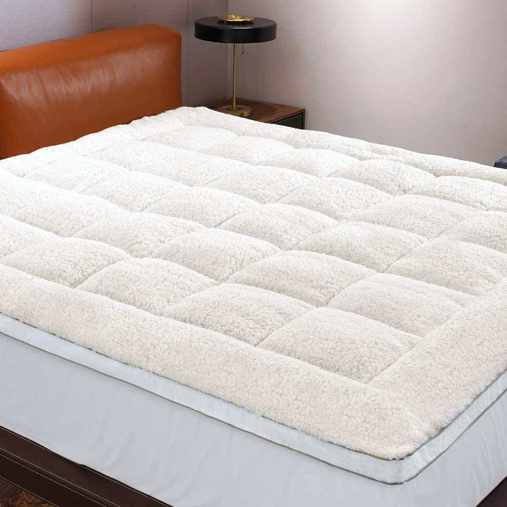 D & G THE DUCK AND GOOSE CO Reversible Mattress Topper (Twin), Perfect for Summer & Winter, Thick Plush Mattress Topper with Cozy to Touch Fabric & Deep Pocket