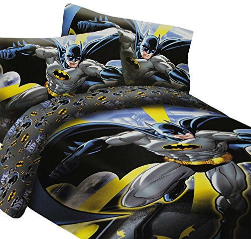 (DC Comics Batman in the City Super Soft Luxury Twin Size 3 Piece Comforter Set)