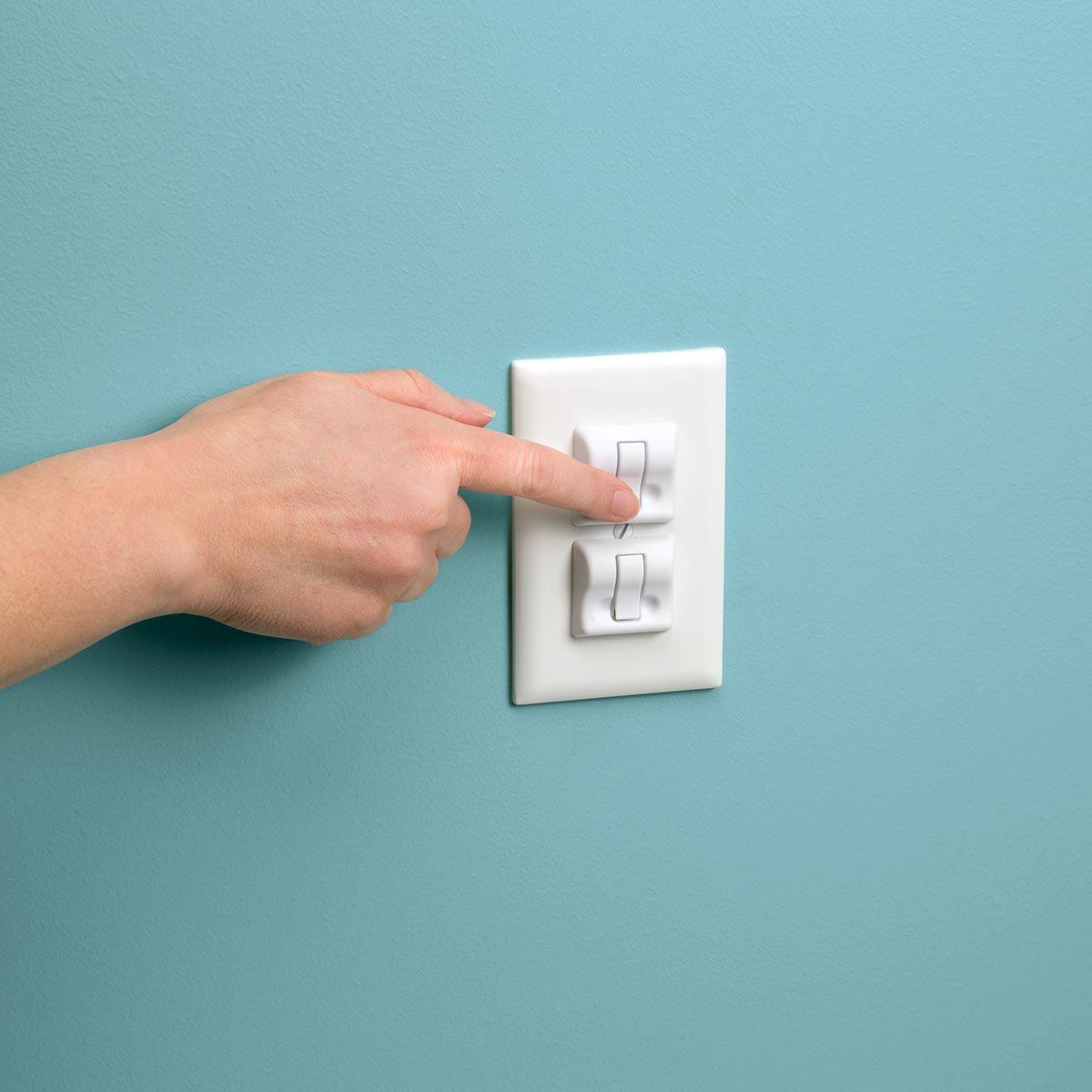 Safety 1st Press Tab Plug Protectors