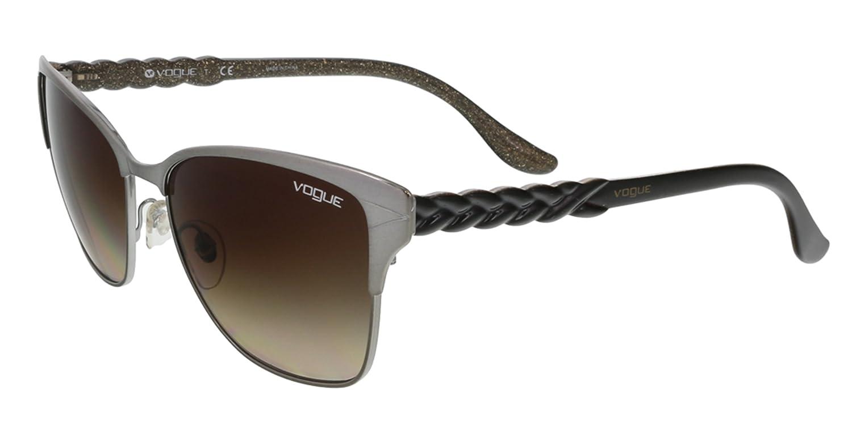 e04c8e1543d87 Amazon.com  Vogue Sunglasses VO3949S 548 13 Brushed Gunmetal Brown Gradient  57 17 140  Clothing