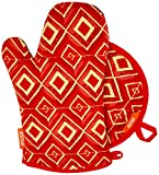 IMUSA Kitchen Oven Mitt + Pot Holder Set, Heat Resistant Neoprene, Soft Inside Lining, 2 Pieces, Printed Red Diamond Design
