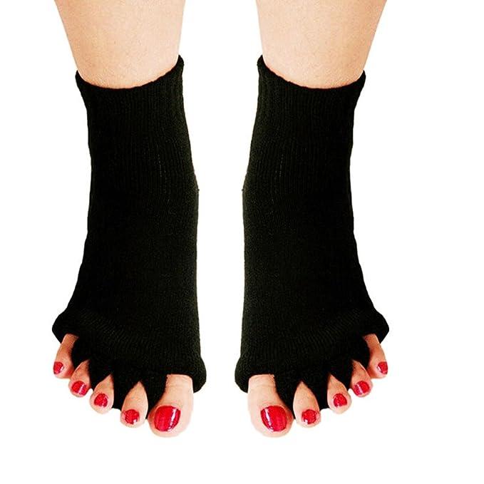 Amazon.com: RockWearZ - Calcetines de alineación para dedos ...