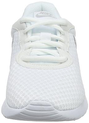 f841c2663b02c9 Nike Damen Sneaker Tanjun Fitnessschuhe Weiß (White Metallic Silver 101) 44  EU  Amazon.de  Schuhe   Handtaschen