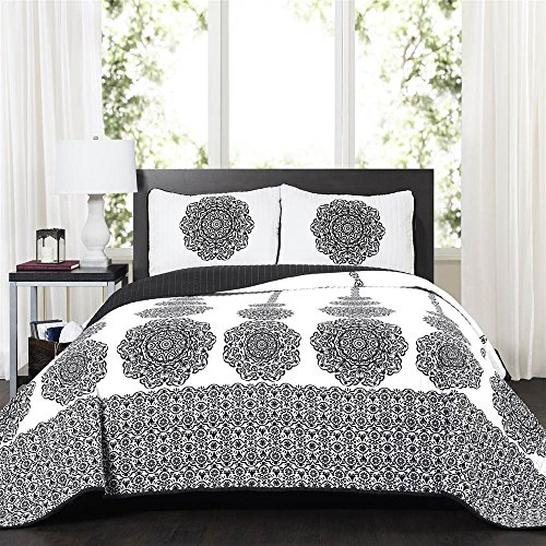 Lush Decor Stripe Medallion 3 Piece Quilt Set, King, Black