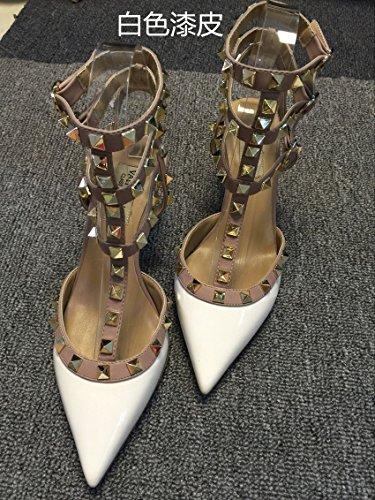 VIVIOO Tacones altos Sandalias de tacón alto Remaches Tacones con punta T-Straps Zapatos de tacón bajo Sandalias de uñas 6.5cm white A