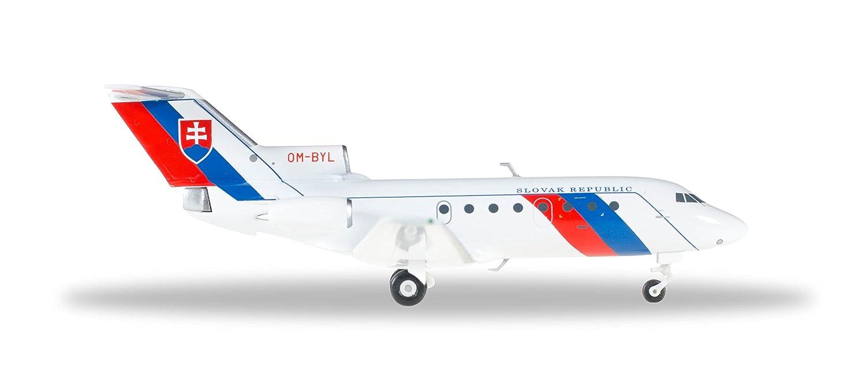 Herpa 557733 Slovak Air Force de Yak Yak ovlev 40, véhicule, MultiCouleure