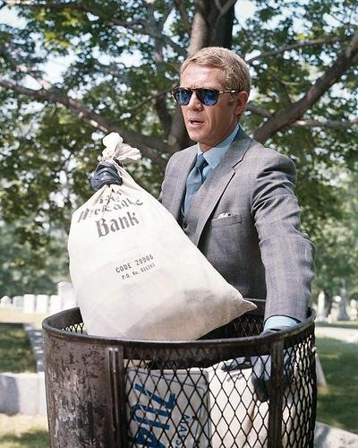 The Thomas Crown Affair Featuring Steve Mcqueen 16x20 Poster cool in blue Persol sunglasses