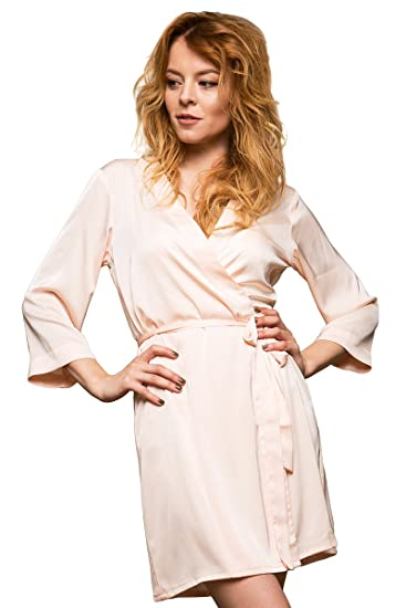 cc25720036 Bunny Street Premium Quality Satin Robe - Beige Peach - Kimono Dressing  Gowns for Bride and Bridesmaids on Wedding Sets of 3+ Robes: Amazon.co.uk:  Clothing