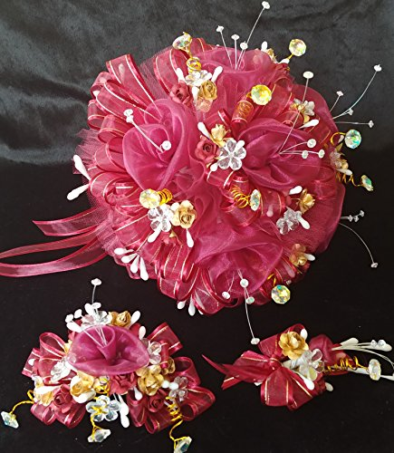 15th Quinceañera All Burgundy & gold color.. Flower Bouquet Set And Corsage, Ramo Para Quinceañera. 15 Anos