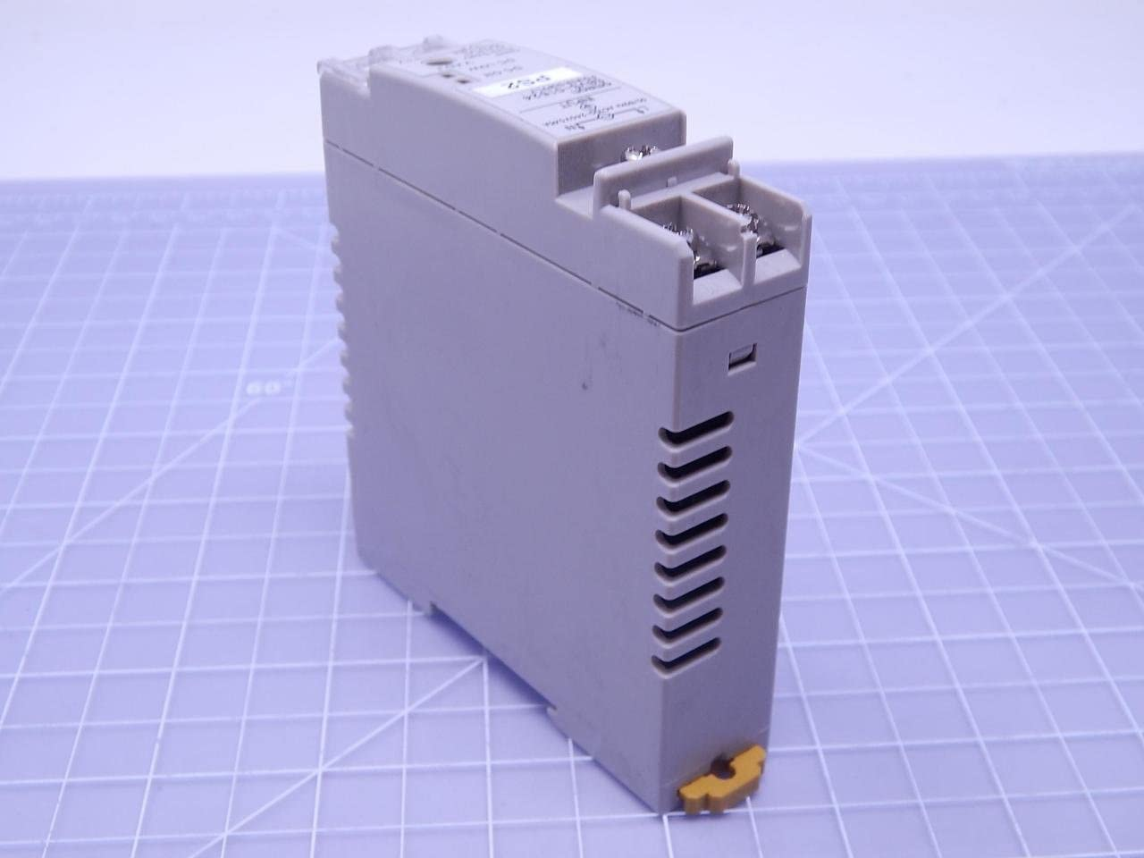 OMRON S8VS-01524 Switch Mode Power Supply Screw terminal 15W DIN Rail mounting type Output 24V 0.65A NN Covered type