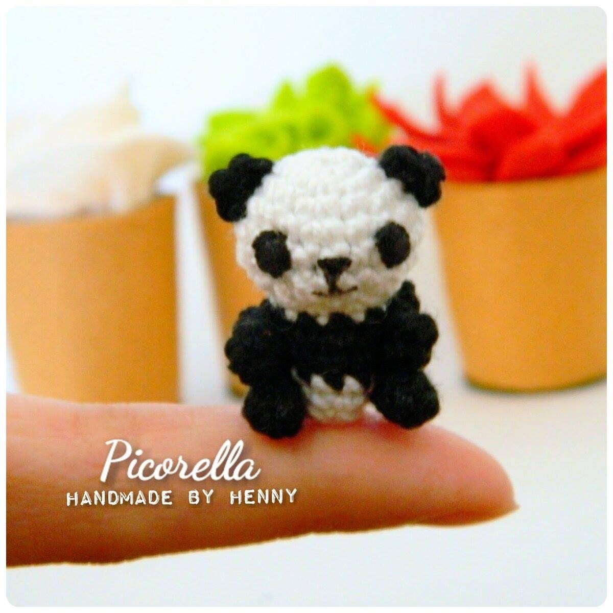 Cuddle Me Panda amigurumi pattern - Amigurumi Today | 1200x1200