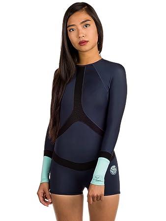 00bdd36cc0f71 RIP CURL Womens Madi 1MM Long Sleeve Boyleg Shorty Wetsuit Blue   Amazon.co.uk  Sports   Outdoors