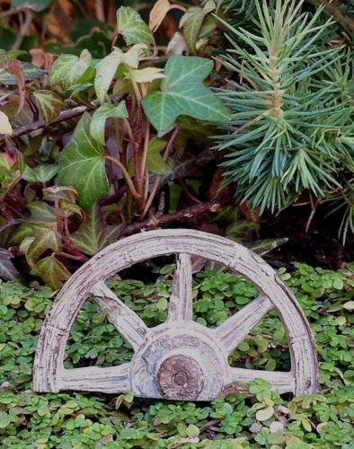 - Statue Out Western Half Wagon Wheel Pick - Fairy Garden Miniature