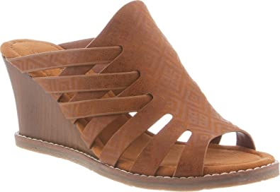 c9088ddd73 BEARPAW Women's Sherri Comfort Slip On Wedge Sandals, Hickory Ii, Size 6.0