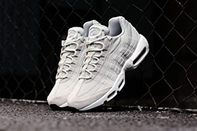 b8a1f18d1b32 Nike Air Max 95 PRM  Safari  WMNS 807443-011  Amazon.co.uk  Shoes   Bags