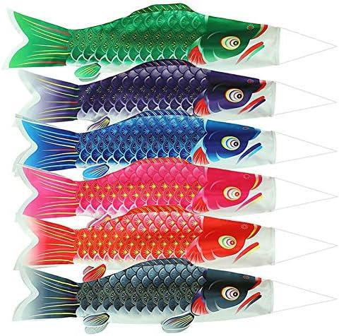 鯉のぼり、舞う鯉、5色のベランダ・ガーデン・ヤード・デコレーション、初日の祝日、こどもの日、祝賀会、初祭こどもの日のお祝い、5月5日、庭