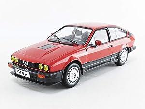 Solido S1802301 1:18 1984 Alfa Romeo GTV 6-Red, Red & Black