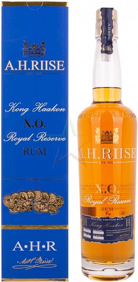 AH Riise XO Kong Haakon Royal Reserve Rum - 700 ml