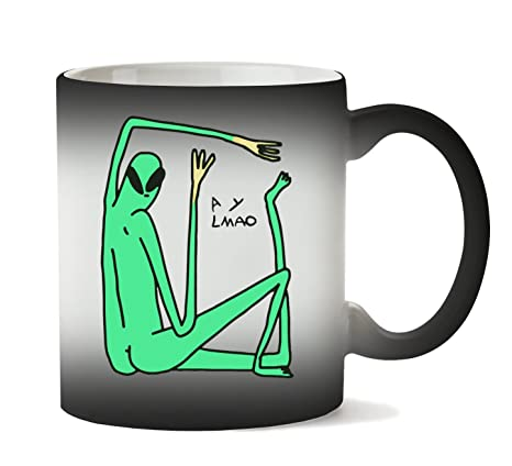 PC Hardware Store Green Alien Does Yoga ? Taza Calor Cambio ...