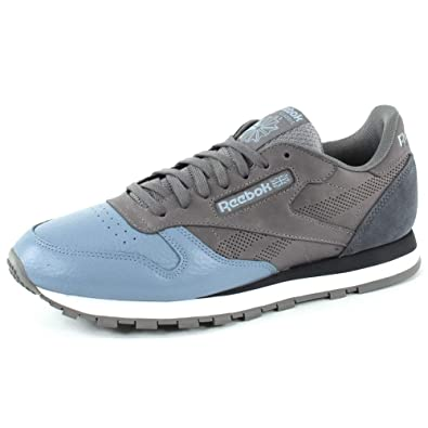 Reebok Men s Classic Leather Ue Low-Top Sneakers  Amazon.co.uk  Shoes   Bags 32effe392