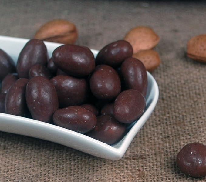 almendras en el chocolate con leche 1 Kg